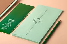 I love when branding uses an unexpected palette and this identity for Strata Bakery in Barcelona features a brilliant one.R design studio pondered the many facets of baking and came up with a cen . Graphic Design Print, Graphic Design Typography, Design Art, Brand Identity Design, Branding Design, Logo Design, Corporate Design, Corporate Identity, Stationary Design