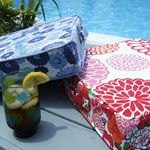 Summer Sewing ~ Perfectly Portable Cushion Tutorial on Sew Mama Sew! Sew Mama Sew, Sewing Hacks, Sewing Tutorials, Sewing Crafts, Sewing Projects, Fabric Crafts, Piping Tutorial, Cushion Tutorial, Zipper Tutorial