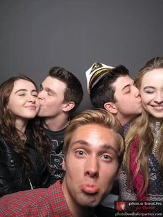 Sarah Carpenter & Peyton Clark & Austin North & Bradley Steven Perry & Sabrina Carpenter