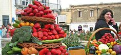 Beautiful picture of HUGE Strawberries at a fruit market in Greece!