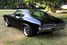 1968 Chevelle SS 396; if Chevelles weren't so dime-a-dozen common, this would be fab..
