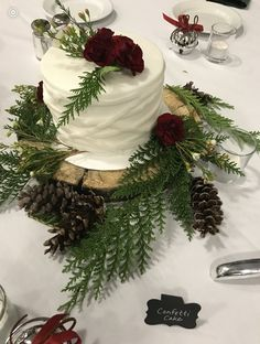 Cake Art, Wedding Cakes, Table Decorations, Home Decor, Wedding Gown Cakes, Homemade Home Decor, Art Cakes, Wedding Pie Table, Wedding Cake