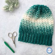 Crochet Snowball Slouch Hat - Free One Skein Pattern — Left in Knots Slouch Hat Crochet Pattern, One Skein Crochet, Hairpin Lace Crochet, Crochet Beanie Hat, Irish Crochet, Easy Crochet, Free Crochet, Crochet Hats, Slouch Hats