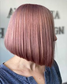 Bobs are super trendy right now and look stunning on anyone. Bobs are great because they can be in a range of colors and lengths, catering to anyone's... Sleek Bob, Fashion Colours, Short Hairstyles For Women, Looking Stunning, Cut And Style, Fashion Forward, Short Hair Styles, Bob Cuts, Pageboy
