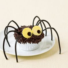 Spidey cupcakes-Charlotte's web movie time
