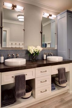 35 cool and creative double sink vanity design ideas contemporarymidwest lake house wade weissmann architecture 27 1 kindesign
