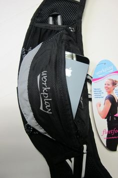 See how you can easily fit an iphone 5/5s into a Fleetfoot II ladies running belt. www.workplay-bags.com