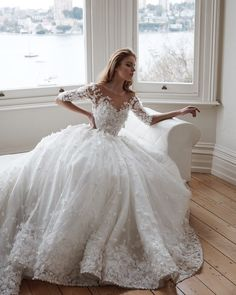 Cheap bridal gown, Buy Quality gown wedding directly from China ball gown wedding dresses Suppliers: Chapel Train 2017 New Sexy White Beaded Lace Ball Gown Wedding Dress Bridal Gown vestido de noiva robe de mariage casamento White Wedding Dresses, Bridal Dresses, Wedding Gowns, Lace Wedding Dress Ballgown, Applique Wedding Dress, Applique Dress, Dress Lace, White Dress, Steven Khalil Wedding Dress