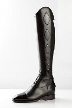 *TBA*: DeNiro Boots