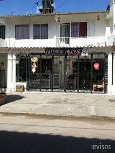 VENTA DE CASA EN EL BARRIO LA CAROLINA Casa con dos plantas, 3 alcobas, 2 baños, garaje, patio co .. http://villavicencio.evisos.com.co/venta-de-casa-en-el-barrio-la-carolina-id-429019