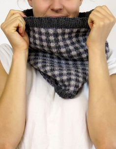 cocoknits checked cowl