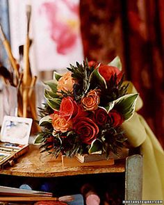 Love the colors of this wedding bouquet