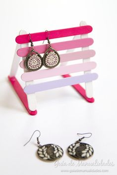 Easy and cute earring and jewelry holder! ❤️