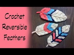 These crochet reversible feathers are so much fun to make, and they work up quick. I love the versatility they have and really enjoyed crocheting them. Irish Crochet, Free Crochet, Knit Crochet, Crochet Things, Tunisian Crochet Stitches, Pineapple Crochet, Crochet Bookmarks, Manta Crochet, Feather Pattern