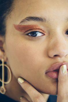 Glitter Makeup Ideas for Summer | Teen Vogue