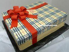 Burberry Cake Gallery Http//wwwkeykgirlcom/tag/burberry cakepins.com