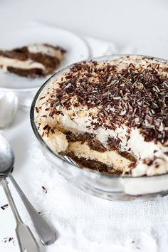 A classic Italian dessert, tiramisu is a rich and decadent treat with layers of espresso soaked finger biscuits and a creamy mascarpone filling. My Recipes, Italian Recipes, Sweet Recipes, Cake Recipes, Dessert Recipes, Great Desserts, No Bake Desserts, Delicious Desserts, Yummy Food