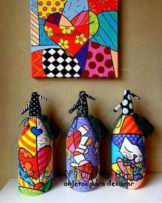 Painted Glass Bottles, Glass Bottle Crafts, Wine Bottle Art, Lighted Wine Bottles, Diy Bottle, Reuse Plastic Bottles, Recycled Bottles, Abstract Pencil Drawings, Art N Craft