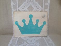 Hand Painted Crown Sign, Princess Sign, Queen Sign on Etsy, $16.00 | Zeta Tau Alpha | Bid Day | Recruitment