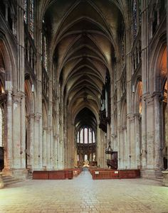 the way cathedrals inspire feelings that transcend the natural // chartres cathedral, france