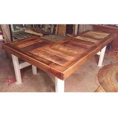 Reclaimed pallet wood custom l-shaped desk