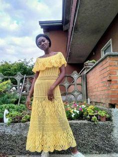 Crochet Long Dresses, Crochet Clothes, Crochet Bikini Pattern, Crochet Patterns, Love Crochet, Handicraft, How To Wear, Wedding, Fashion