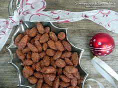 Cinnamon Roasted Almonds ~ Sumptuous Spoonfuls #cinnamon #almond #recipe