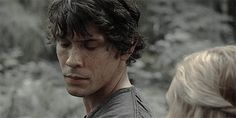 """Bellarke- The 100 JUST SAYING. I have never looked at """"just friends"""" that intensely. The 100 Show, The 100 Cast, The Way He Looks, Thats The Way, Bellarke, Netflix, Bellamy The 100, Bellamy And Clarke Kiss, Series Movies"""