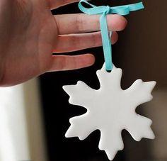 Készíts illatos, sötétben világító karácsonyfadíszeket, szódabikarbónából! | Zacc - minden, ami már leülepedett bennem...