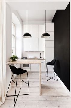 5 Bright Tips AND Tricks: How To Have A Minimalist Home Minimalism minimalist kitchen diy concrete countertops.Minimalist Kitchen Pantry Spaces minimalist home interior built ins.Colorful Minimalist Home Decor. Home Interior, Interior Design Kitchen, Kitchen Decor, Kitchen Ideas, Kitchen Designs, Apartment Interior, Bar Kitchen, Kitchen Wood, Kitchen Cabinets