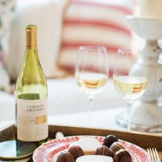 Cameron Hughes Wine. Pottery Barn Plates. Colonial House of Flowers. Romantic Valentine Ideas.