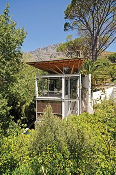 ♥ Tree House by Van Der Merwe Miszewski Architects | HomeDSGN, a daily source for inspiration and fresh ideas on interior design and home decoration.
