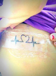 ECG line tat - love the idea. not sure if I like the heart Baby Tattoos, Line Tattoos, Small Tattoos, Wrist Tattoos, Tatoos, Pretty Tattoos, Beautiful Tattoos, Cool Tattoos, Cubs Tattoo