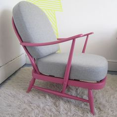 Image of Pretty in Pink Ercol 203 with Grey Wool