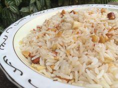 Receita de Arroz de Festa com delicioso mix de castanhas é perfeito pra acompanhar os pratos Natalinos