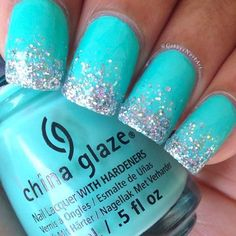 Glitter is so much fun whether we are talking about nails or pretty much anything else for that matter. Here we have found 22 Nails That Feature Glitter Because Why Not! Glitter can be the one thing that makes your nails stand out from the crowd. Sparkle Nails, Glitter Nails, Blue Glitter, Glitter Toms, Glitter Art, Glitter Makeup, Lip Makeup, Trendy Nails, Cute Nails