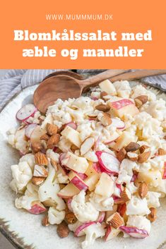 Cauliflower salad with apple - Recipe for a delicious cauliflower salad with fresh apple. Salad with cauliflower and apple is alwa - Veggie Recipes, Vegetarian Recipes, Cooking Recipes, Healthy Recipes, Salad Recipes, Food N, Food And Drink, Waldorf Salat, Food Inspiration