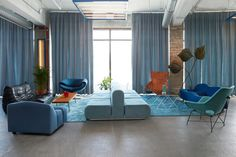 oddsson-hotel-in-reykjavik-occupies-a-warehouse-space-12