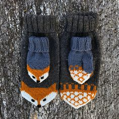 Ravelry: Revevotter for voksne pattern by Eva Norum Olsen Mittens Pattern, Knit Mittens, Knitted Hats, Knitting Designs, Knitting Projects, Knitting Patterns, Crochet Bebe, Knit Or Crochet, Crochet Pattern