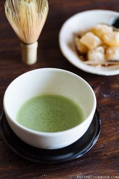 How To Make Matcha (Japanese Green Tea) 抹茶の点て方   Easy Japanese Recipes at JustOneCookbook.com