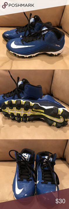 Boy's Nike Alpha Football 🏈 Cleats New, never worn. Nike Alpha Cleats. Size 6 Youth. Nike Shoes