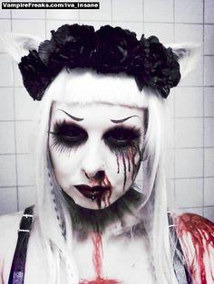 #Goth horror model Iva Insane from #Vampirefreaks