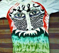 Sobre confuso, pintura em camiseta