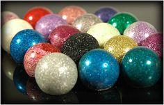 Edible glitter cake balls @Ashley Jensen