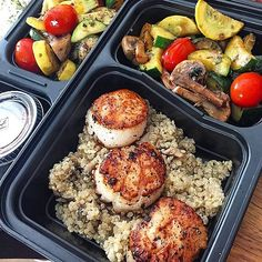 21 MealPrep Ideas That Are Anything but Boring is part of Clean meal prep - Do you MealPrep Meal prepping, or making your weekly breakfasts, lunches, and sometimes dinners ahead of time, is the craze sweeping the nation Many Lunch Meal Prep, Healthy Meal Prep, Healthy Snacks, Healthy Eating, Healthy Recipes, Healthy Good Food, Detox Recipes, Make Ahead Meals, Easy Meals