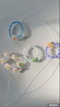 Diy Rings, Diy Beaded Rings, Beaded Jewelry, Jewellery, Beaded Crafts, Diy Crafts Jewelry, Ring Crafts, Bracelet Crafts, Handmade Wire Jewelry
