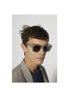 91529c07bd0d Farfetch - For the Love of Fashion. Eyewear TrendsMen ...