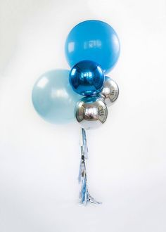 Giant Blue Balloon Bouquet- Party in Blue with this gorgeous bouquet of blue, and silver foil mylar balloons. Add some pizzaz to your balloon with a beautiful tassel. Bouquet includes 5 deflated balloons: 1x (36 inch) solid light blue latex balloon 1x (36 inch) solid pearl blue latex