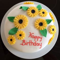 Sonnenblumen Torte mit Champagnerfüllunh