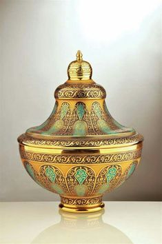 Decorium - Products- Historic Art Glass Hurem Collection SKU: Hand painted Bowl with Cover decorated with 24 Karat Gold and multi-blue colors Decoration, Art Decor, Marble Art, Art Object, Islamic Art, Art And Architecture, Traditional Art, Decorative Items, Glass Art